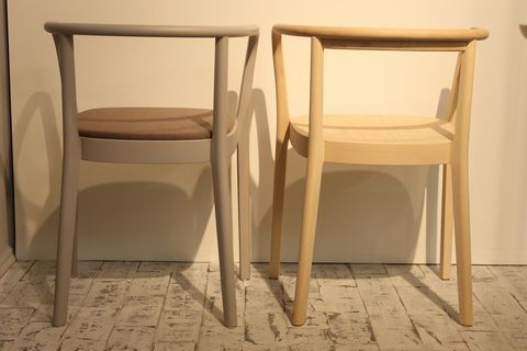 MOKU_CHAIR_BACK_CECILIE_MANZ_actus