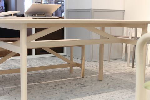 MOKU_table_diagonal_CECILIE_MANZ_actus.